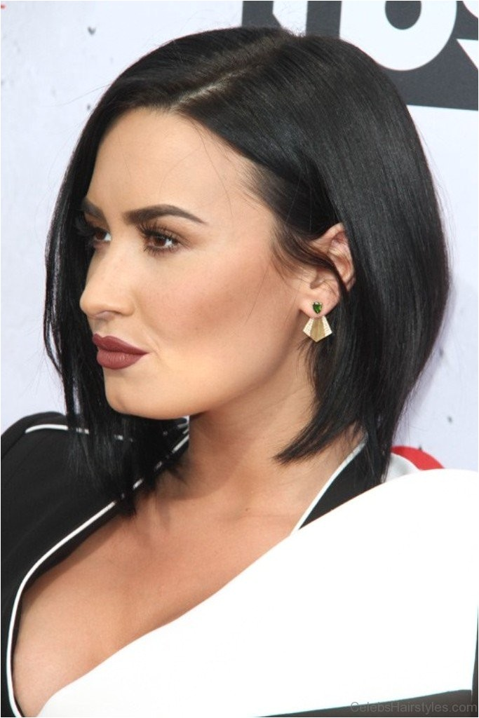 28 outstanding hairstyles of demi lovato