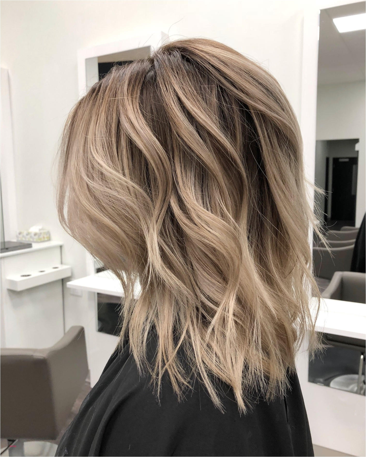 Hairstyles For Medium Hair With Layers Elegant I Pinimg 1200x 0d 60 With Reference To Gold