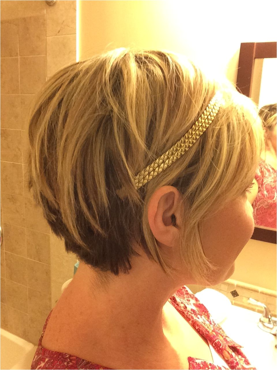 Cute cut with the accessory