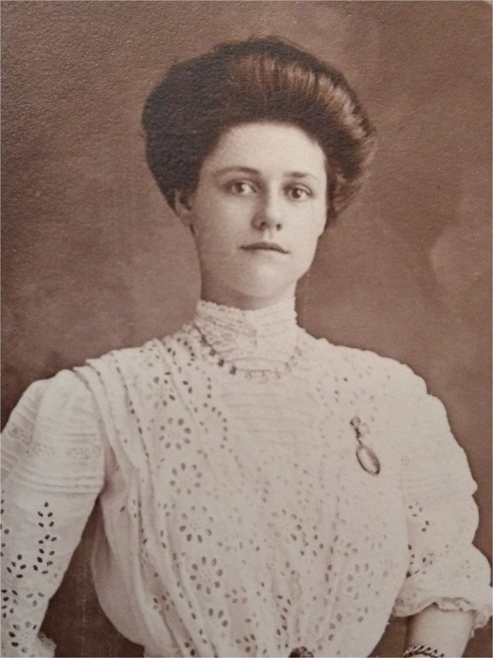 Antique Cabinet Card graph Victorian Edwardian Gibson Girl Beautiful Young Woman Black and White in Long White Edwardian Dress