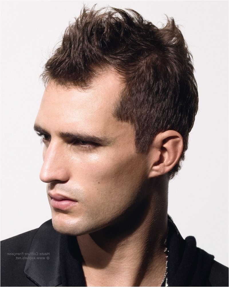 mens hairstyle for small forehead