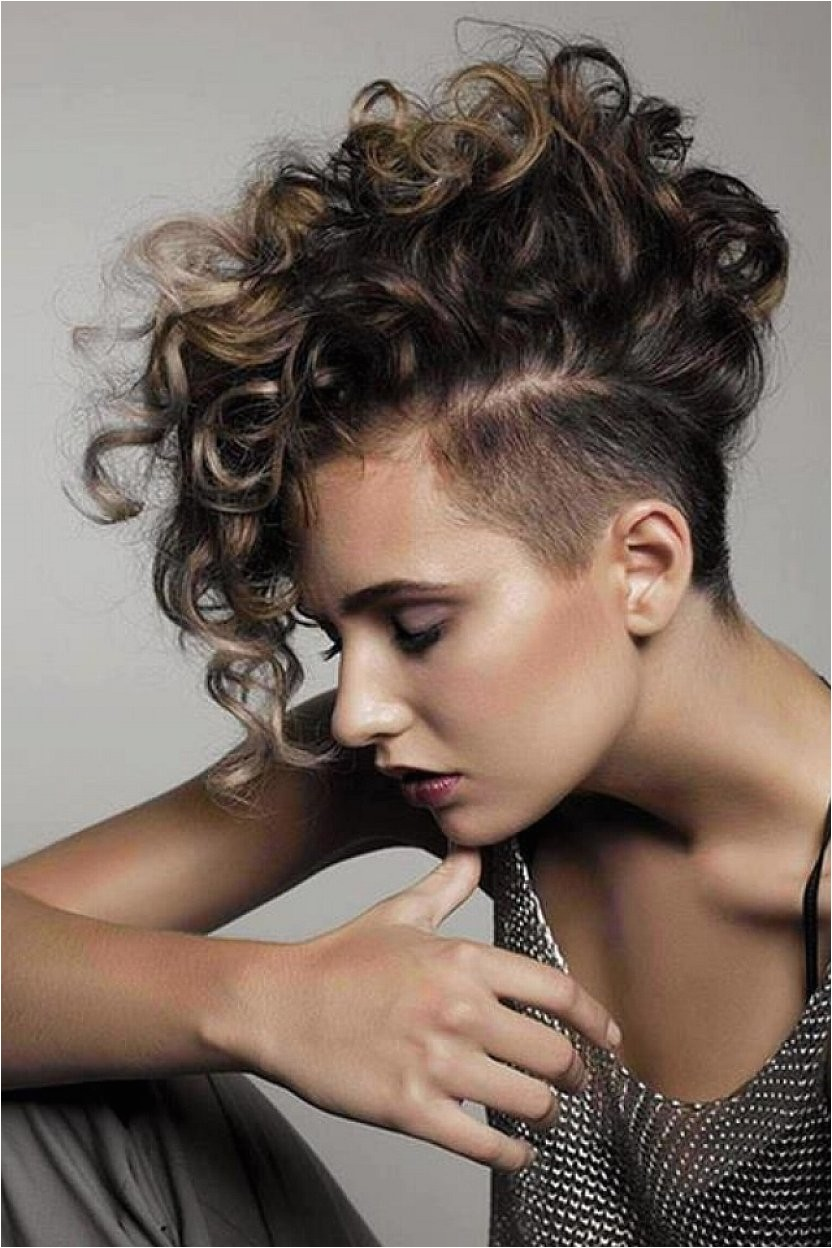 short curly hairstyles sultry sassy and