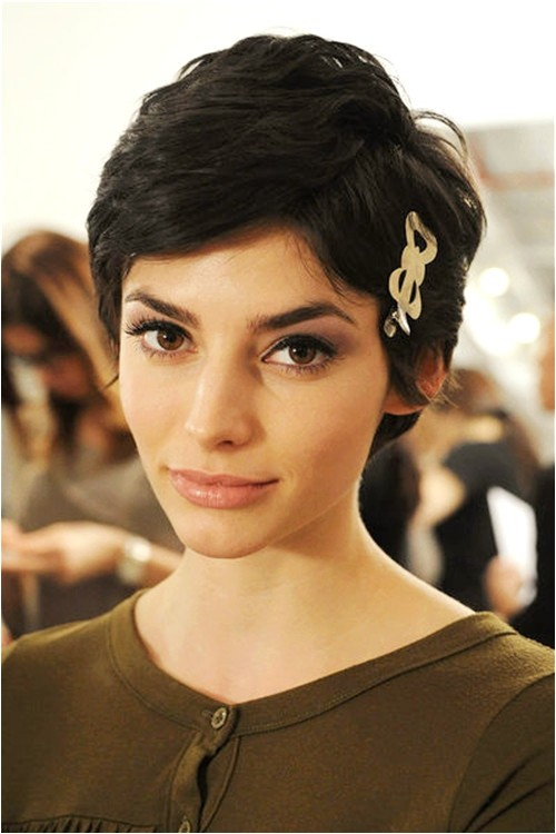 short hairstyles for indian girls