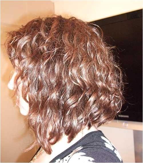 20 good haircuts for medium curly hair