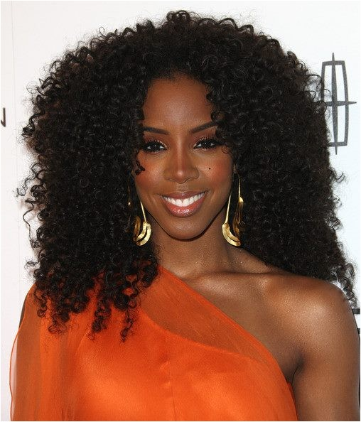 kelly rowland performs motivation awarded platinum plaque essence gala