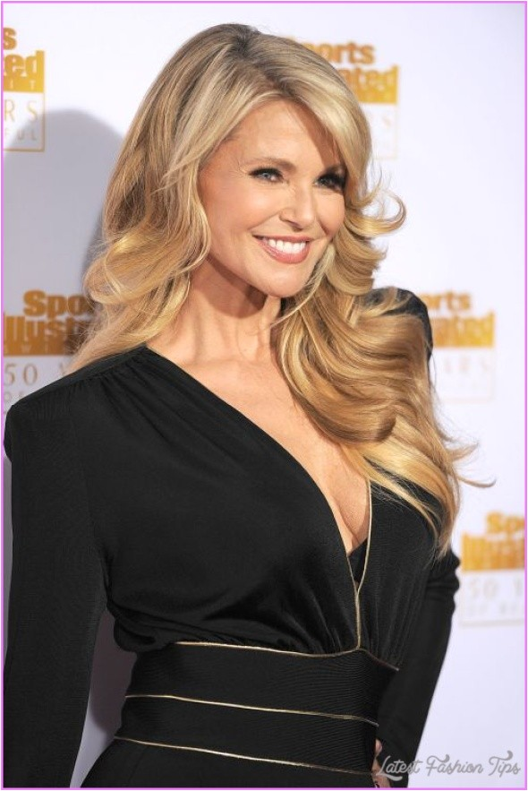 long hairstyles for women over 50 years old