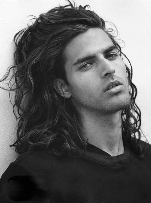 25 wavy hairstyles men