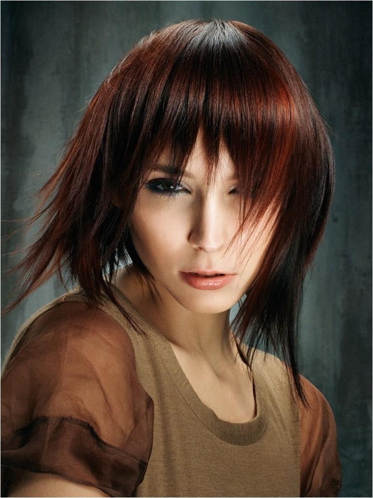 20 popular medium length hairstyles bangs