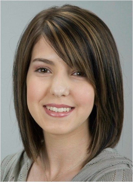 medium length hairstyles with side