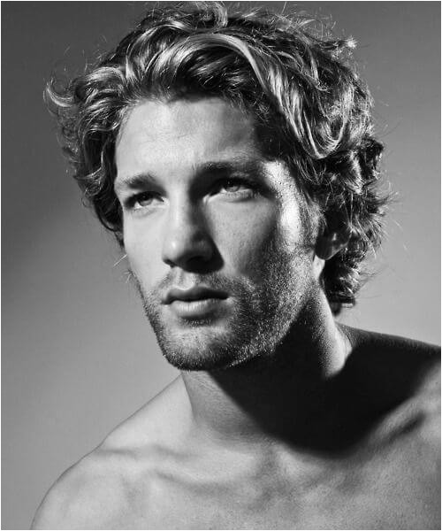 hairstyles for men with wavy hair