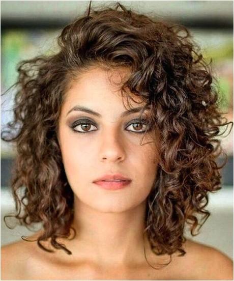 curly medium length hairstyles 2018