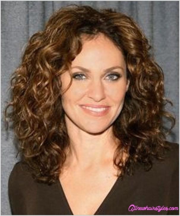 medium natural curly haircuts