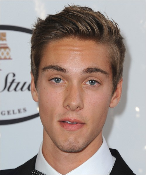 Austin North short formal tidy hairstyle