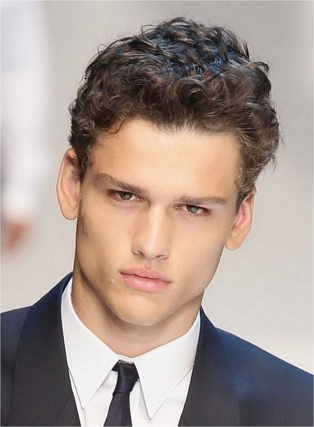 Relaxed Hair Trend Around Best Mens Hairstyles For Thick Curly Hair Gallery Styles Ideas