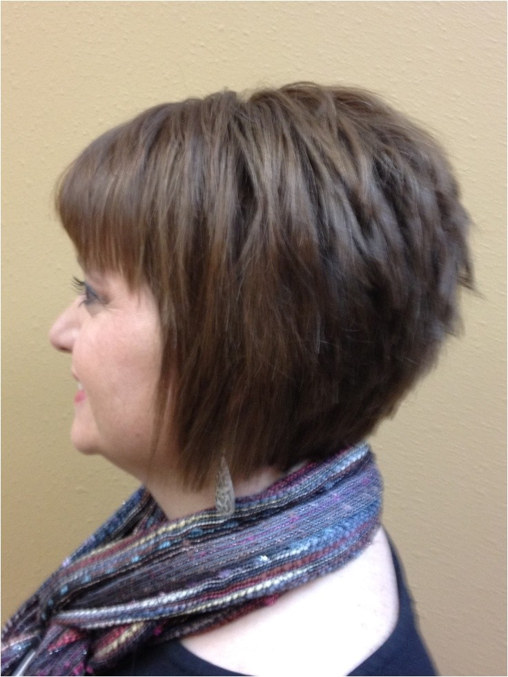 12 short hairstyles round faces women haircuts