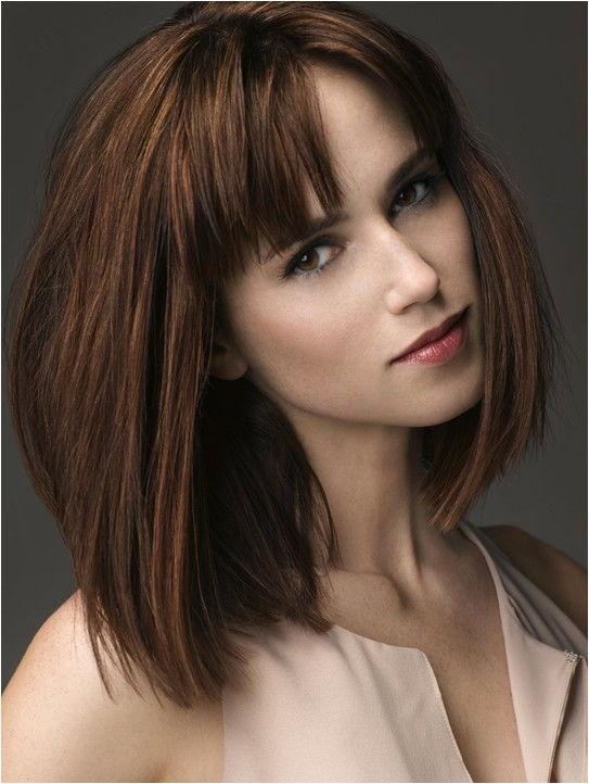 10 trendy ideas for medium hairstyles with bangs