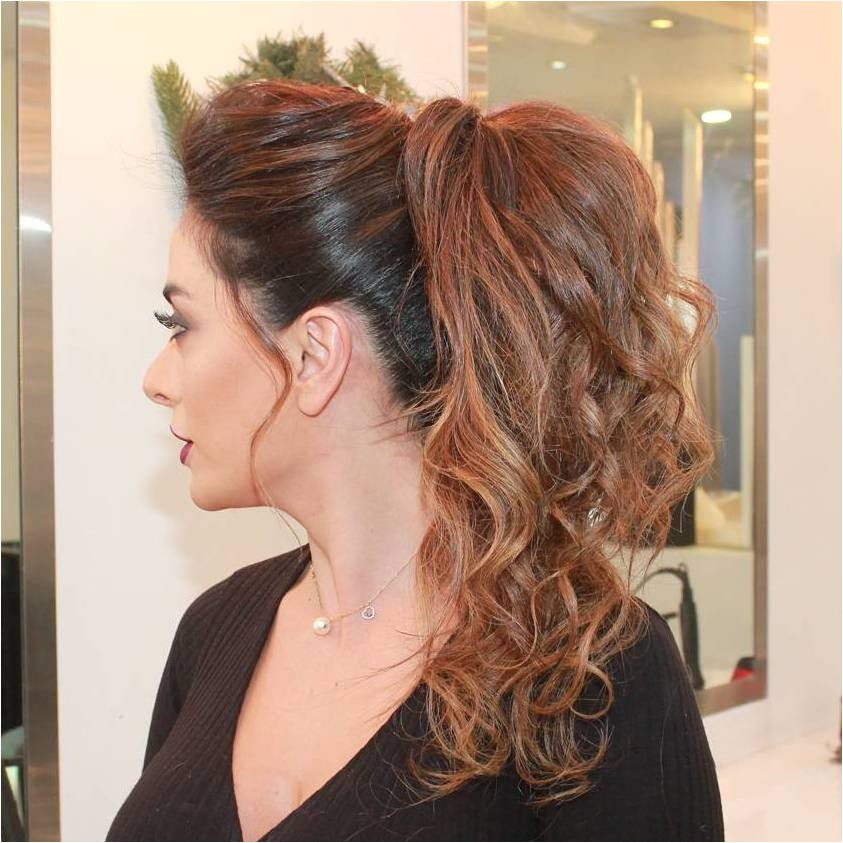 ponytail hairstyles for short wavy hair