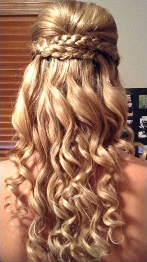 30 best prom hairstyles for long curly hair
