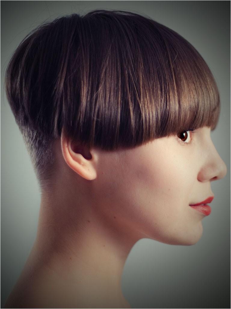 Shingle Bob Haircut Wedge Hairstyle