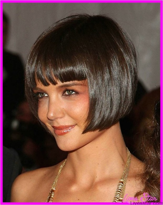 short bob haircut bangs