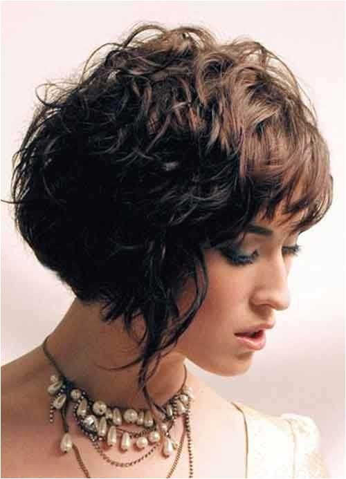 15 bob haircuts for thick wavy hair