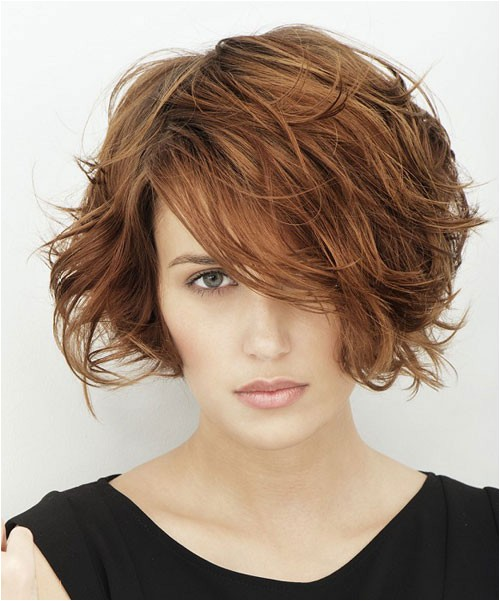 30 easy short hairstyles for thick wavy hair