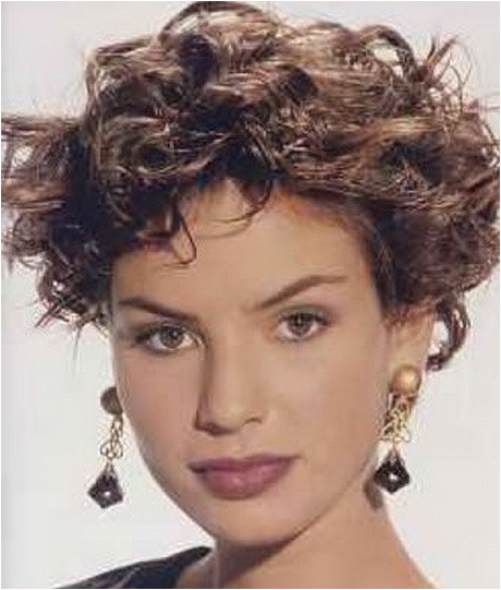 funky short curly hairstyles