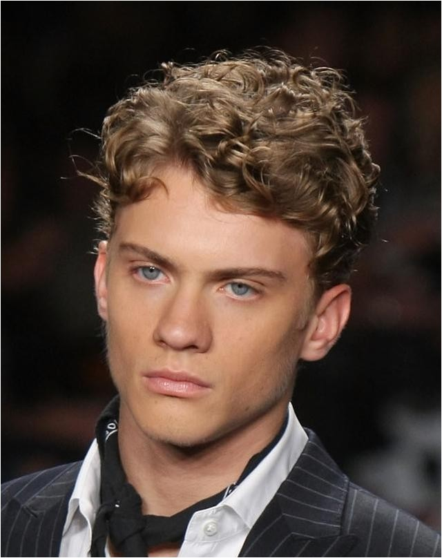 curly short hairstyles for guys