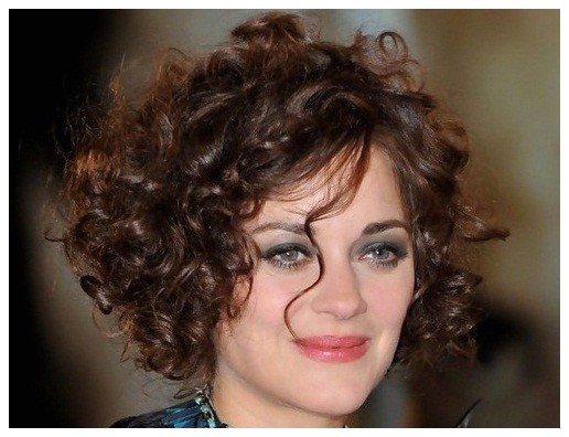 short curly hairstyles mature women for 5