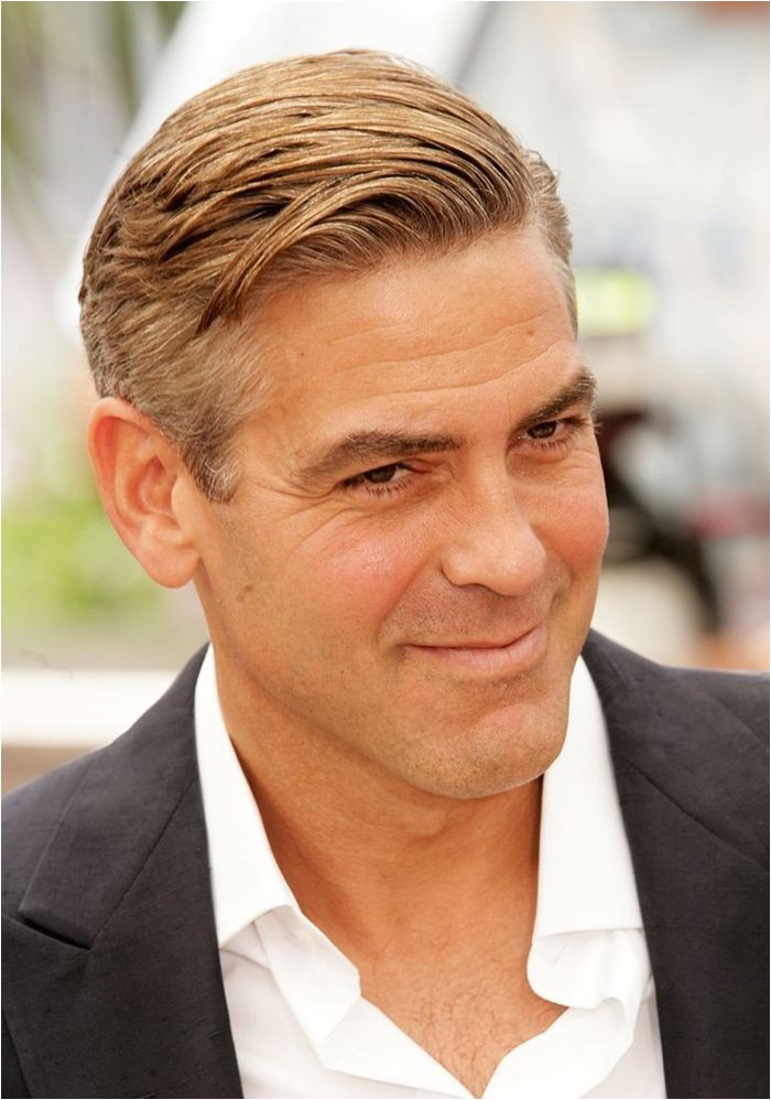 Short Hairstyles for Men Over 40 1