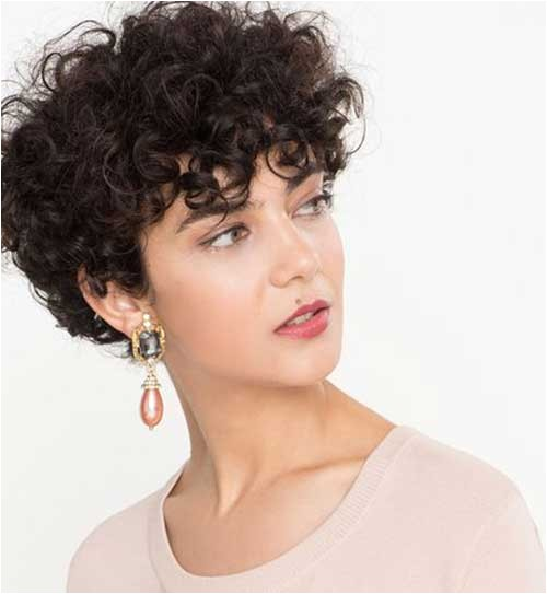 Short Hairstyles for Naturally Curly Hair 2018 20 Latest Short Curly Hairstyles for 2018