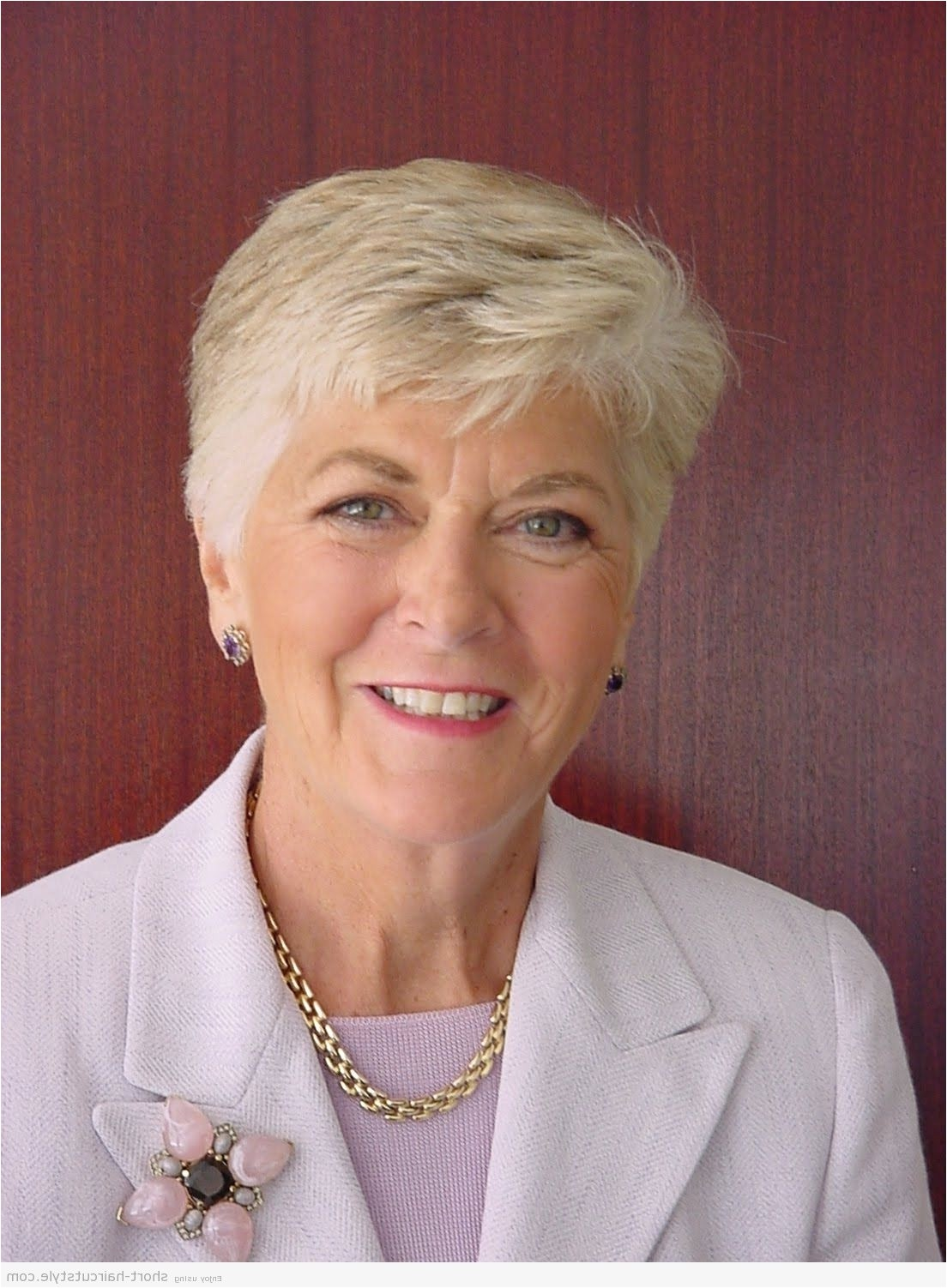 short hairstyles for women over 60 with thick hair