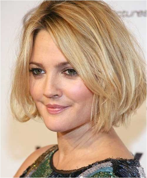 15 short layered haircuts for round faces respond