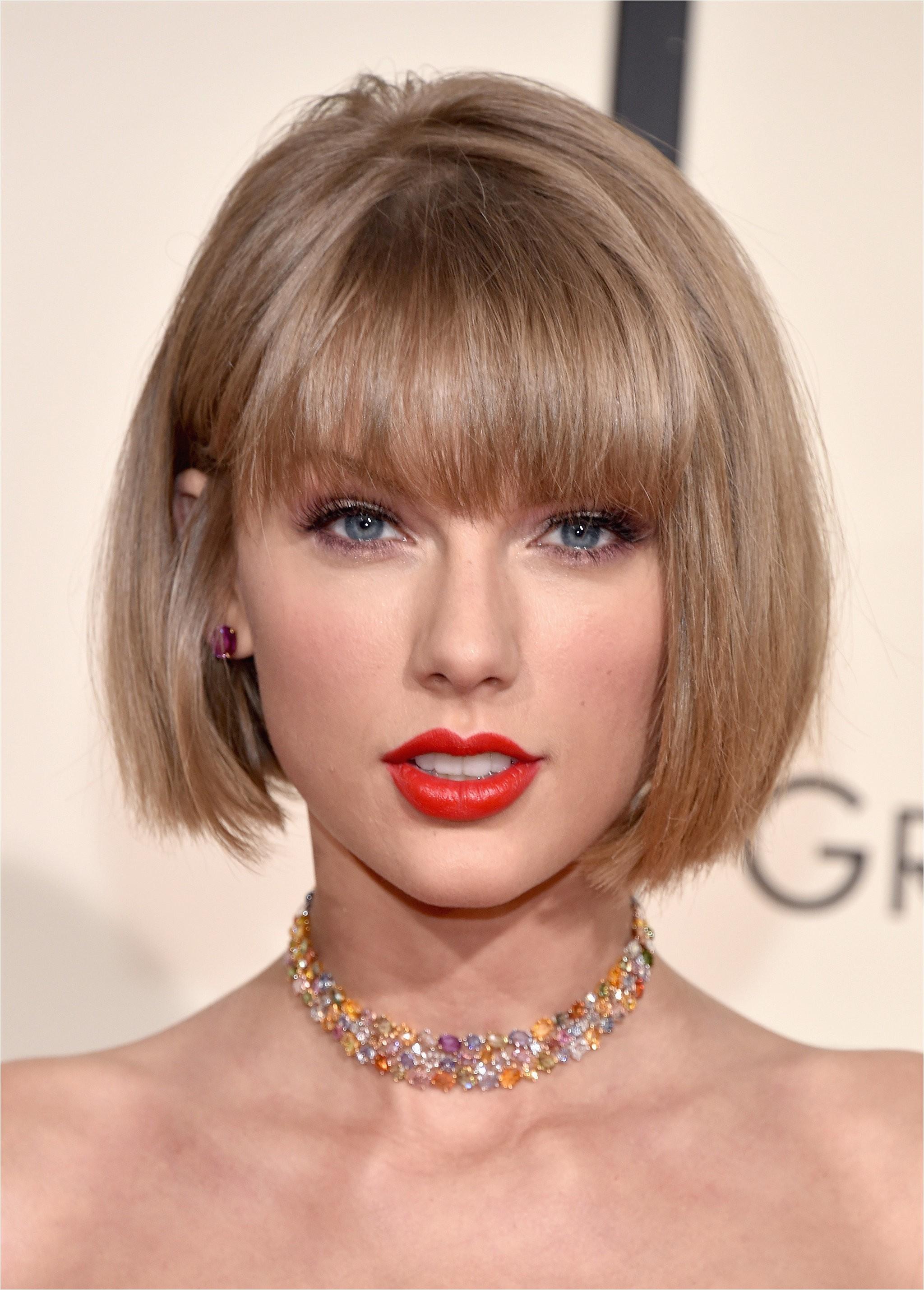 Taylor Swift Haircut Grammy Awards 2016