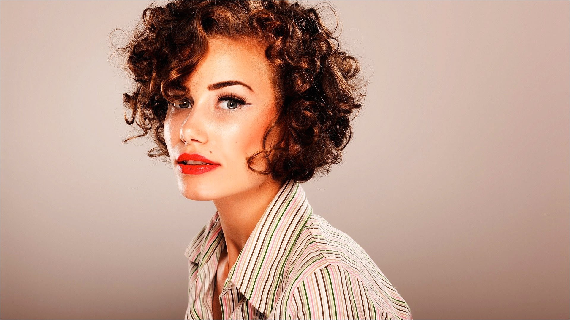 short haircuts for curly hair
