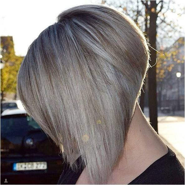 what is the difference between a stacked bob and inverted bob haircut