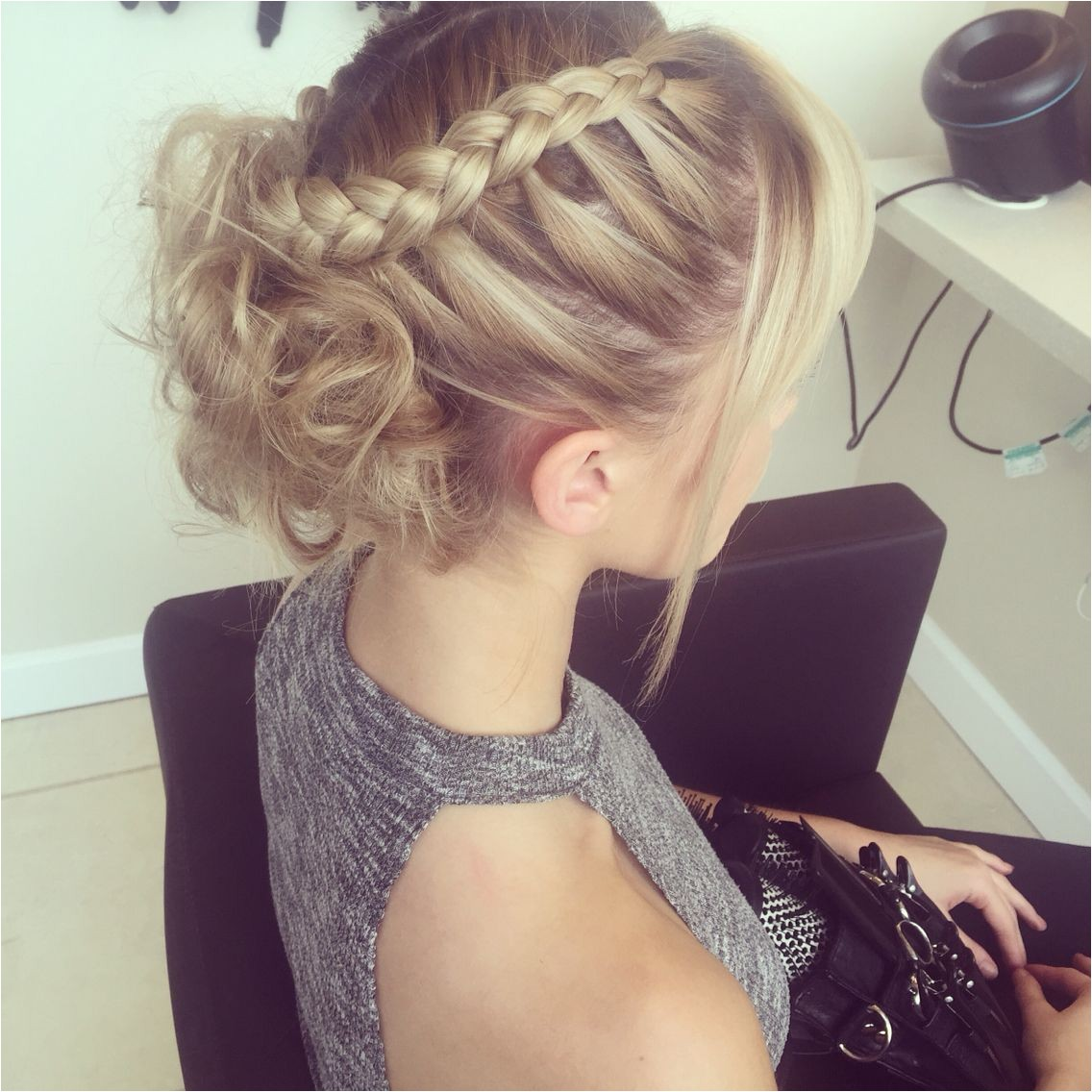 back bed wedding hairstyles