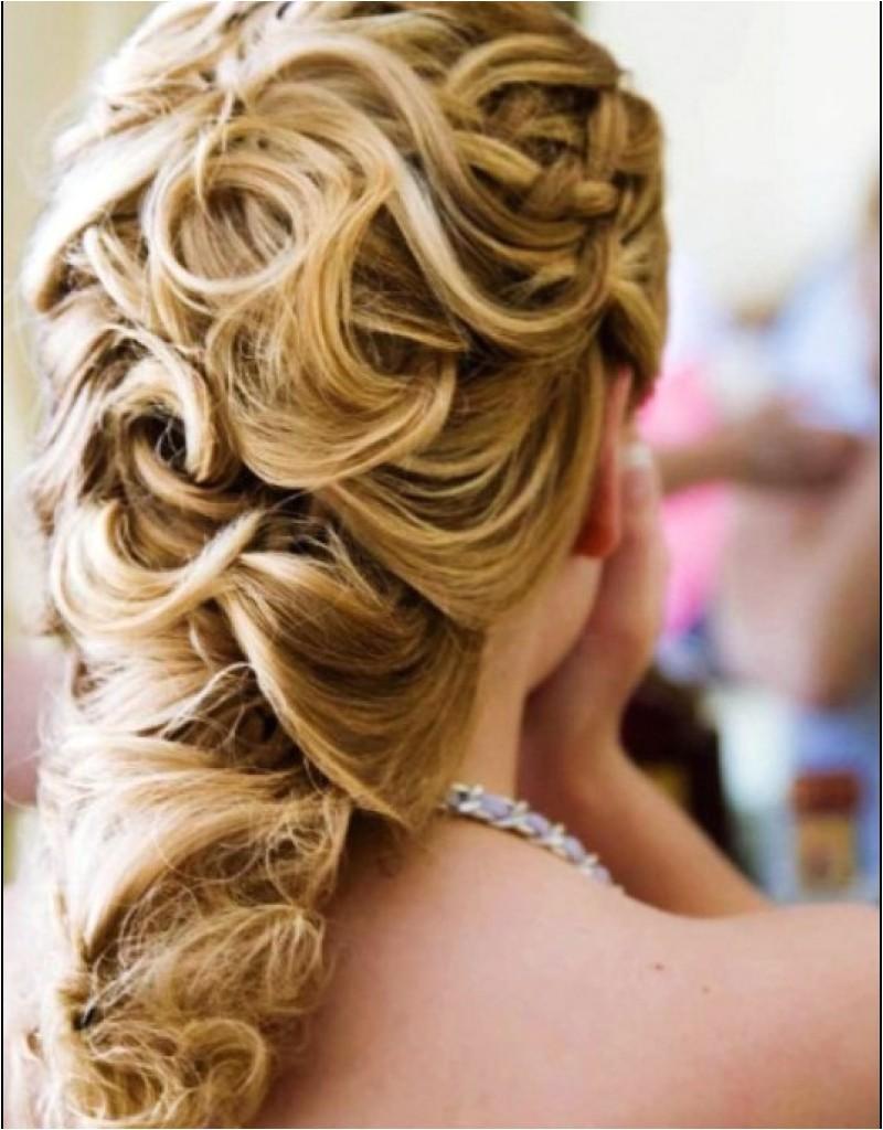 beach wedding curly hairstyles