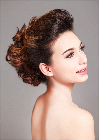 bridal hairstyles for round face