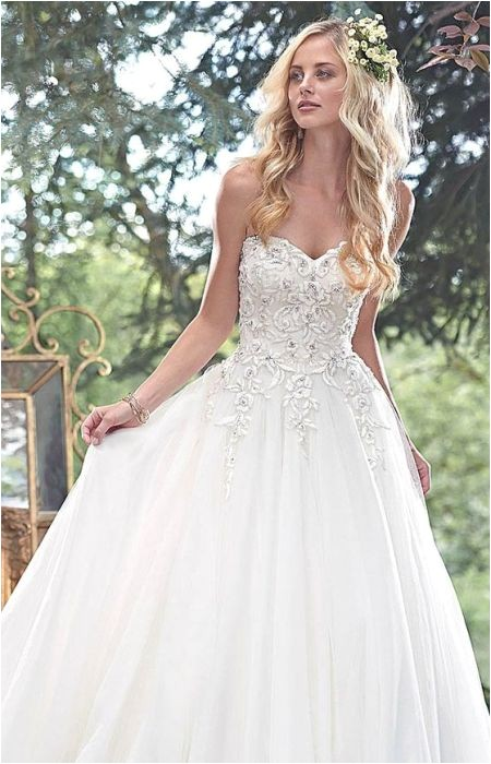Best Wedding Hairstyles for Strapless Dresses 73 Unique Wedding Hairstyles for Different Necklines 2017