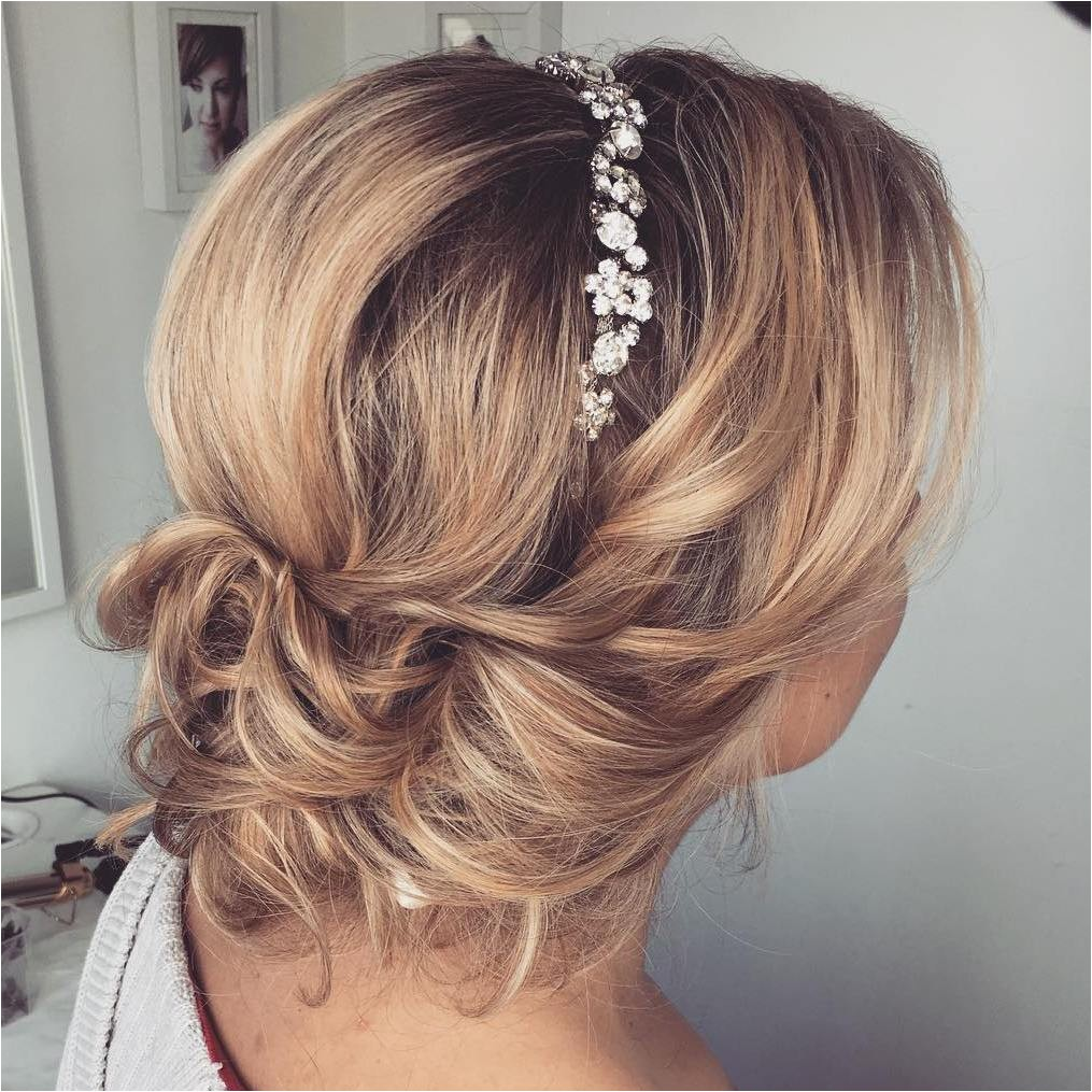 spring wedding guest hairstyle ideas