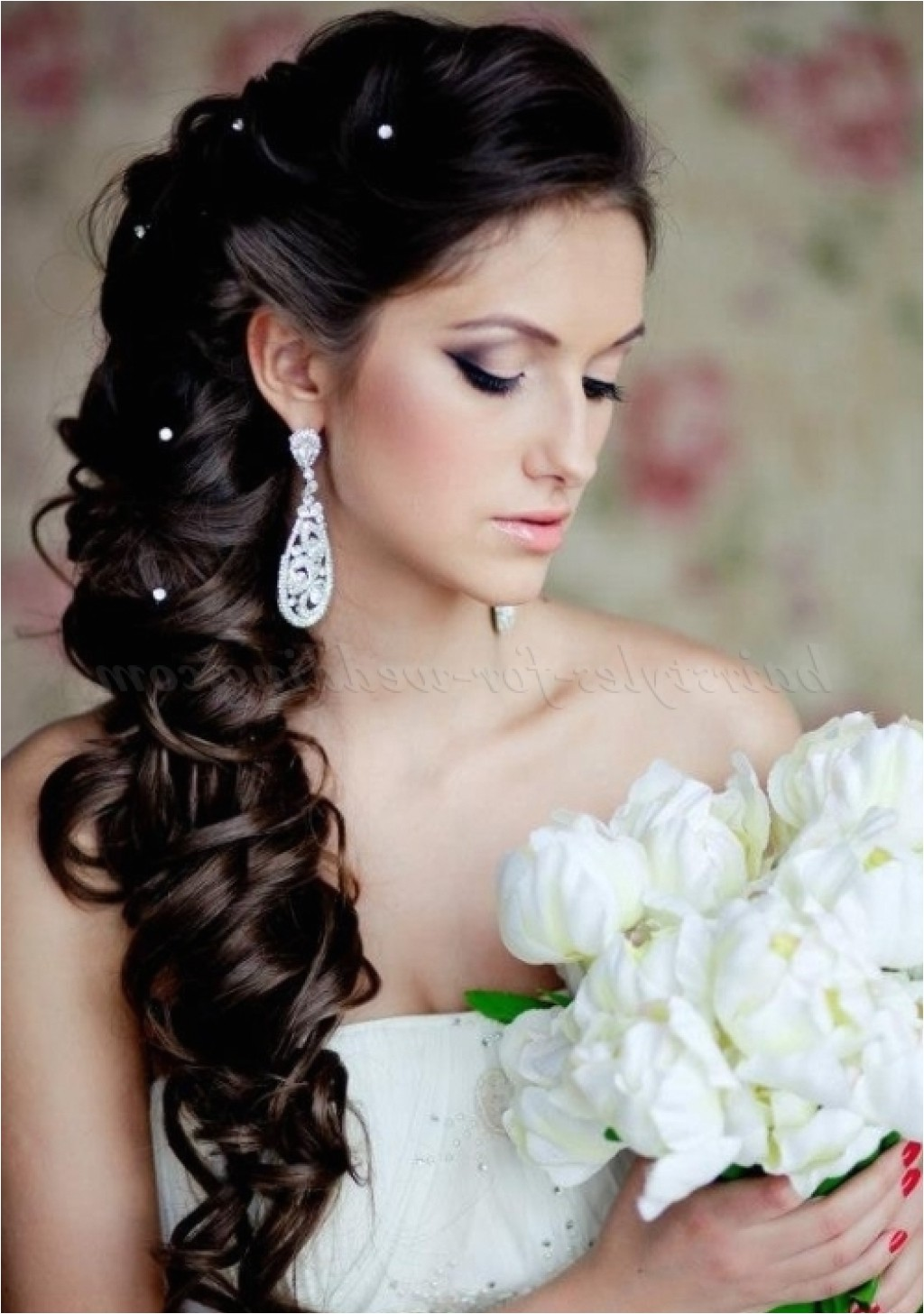 wedding hair one side back