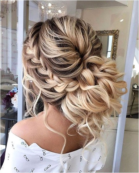 20 long curly wedding hairstyles 2017