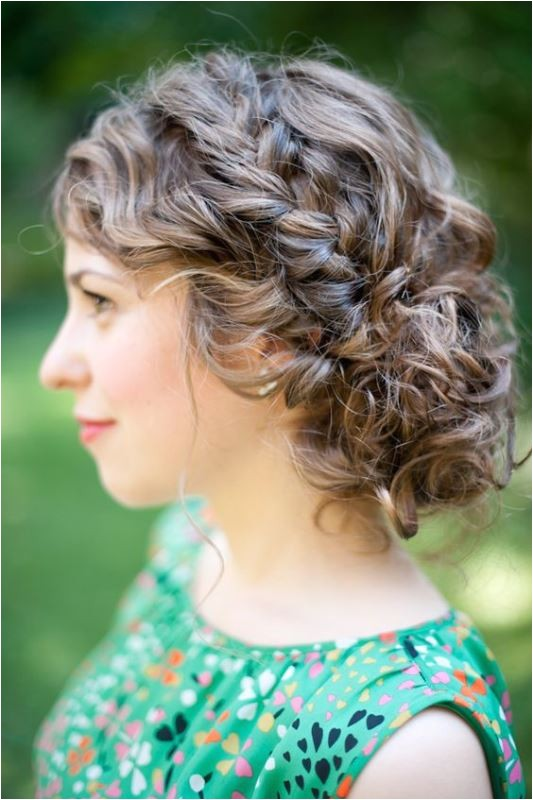 29 charming wedding hairstyles for naturally curly hair