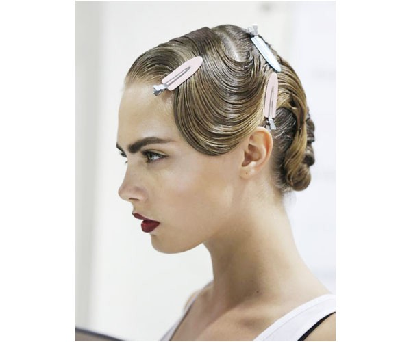 easy 20s hairstyles for long hair