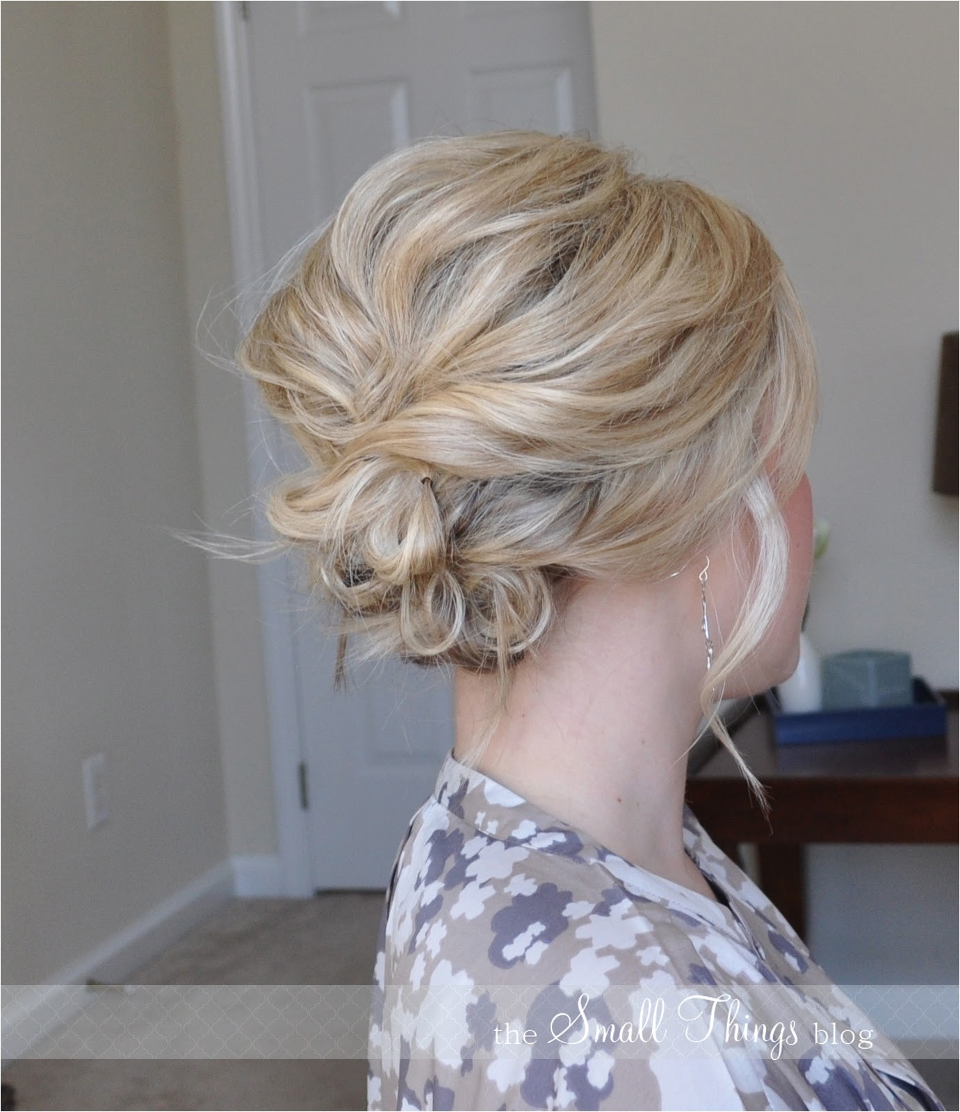 beach wedding hairstyles for medium length hair