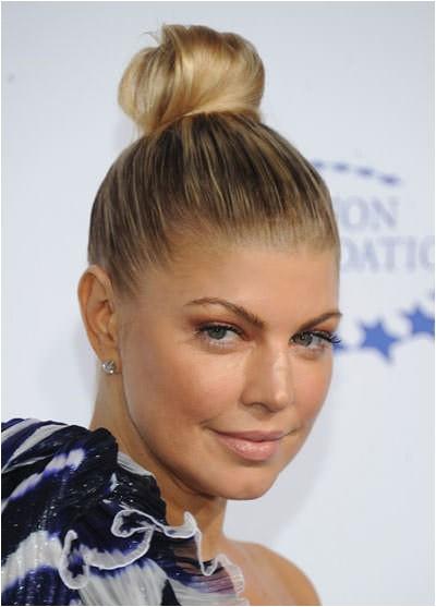 Easy Bun Hairstyles for Medium Length Hair 5 Easy Bun Hairstyles for Medium Length Hair