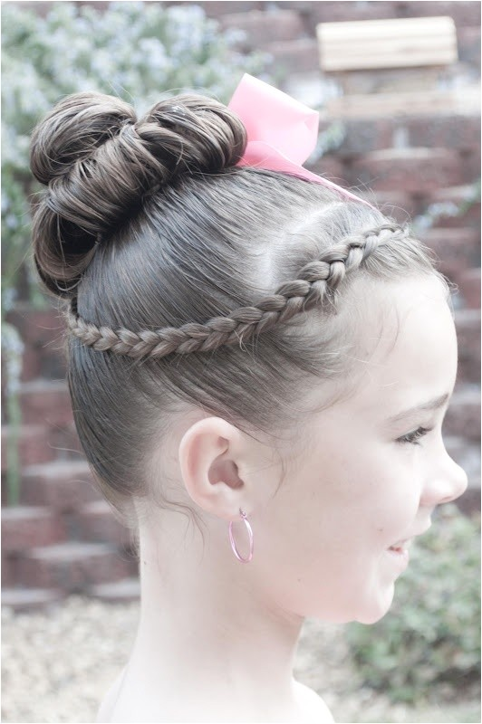 Easy Hairstyles for Dancers 78 Best Images About Dance Hairstyles On Pinterest