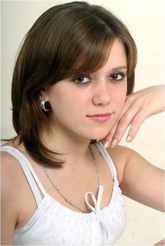 Easy Hairstyles for Medium Length Hair for Teenagers Medium Length Hairstyles for Teenagers 2013