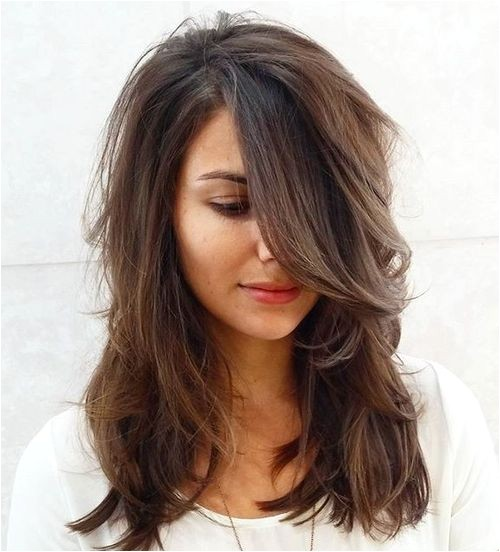 20 brightest medium layered haircuts to light you up